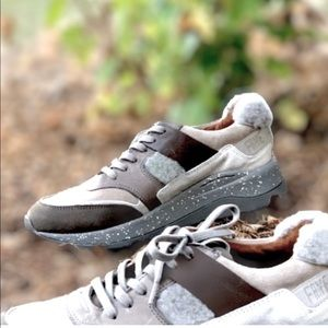 Just In NWT Frye Chic Shearling Sporty Sneakers